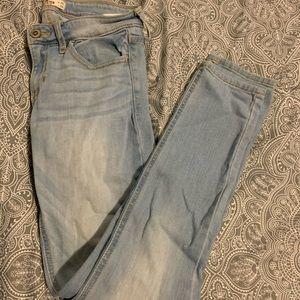 3s hollister jeans